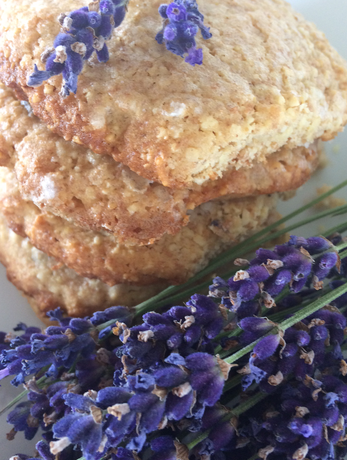 Lavender & lemon crunchy biscuits
