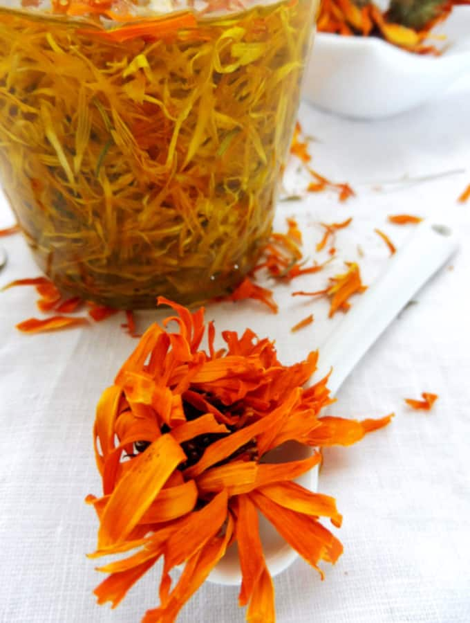 keep the oil with calendula petals for 4 weeks to macerate
