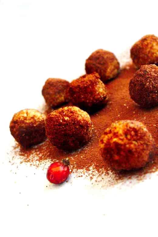 Rosehip no-bake protein balls