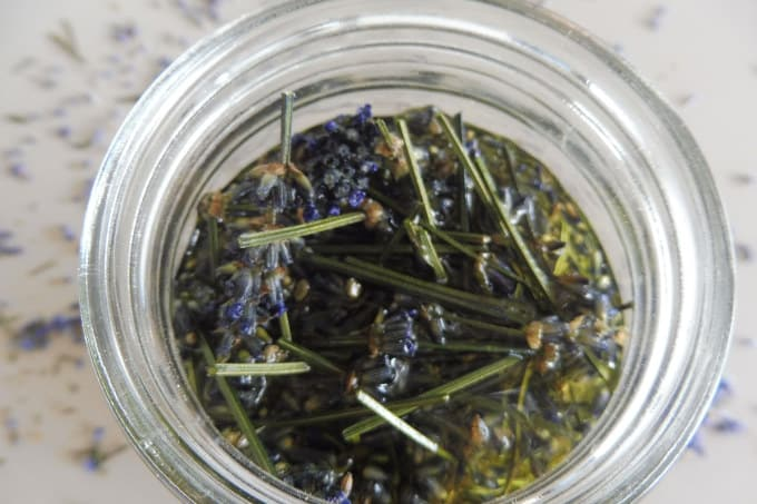 make lavender oil to use in facial care, body or massage oil, on scars or scrapes